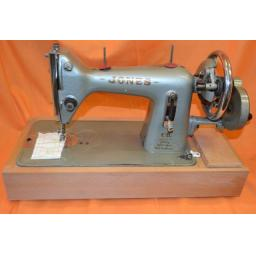JONES Vintage Hand Cranked Heavy Weight Sewing Machine.(Pre-owned)