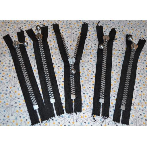 Super Chunky Zips 6 inch (Ball puller)