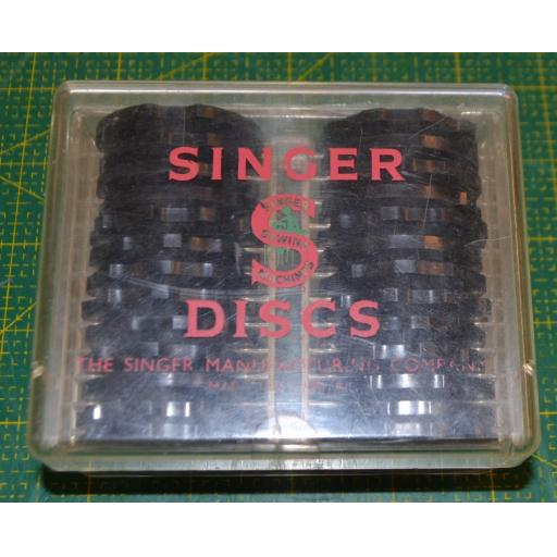 SINGER Set of 26 Fashion Discs (Pre-owned)